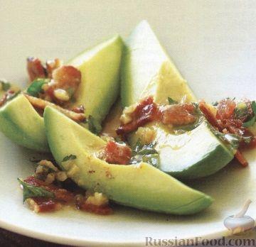 Рецепт Авокадо с соусом из бекона и петрушки