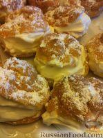 Фото к рецепту: Заварные пирожные со сливочным кремом