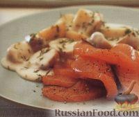 Фото к рецепту: Картофель под соусом бешамель с маринованным лососем