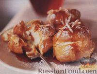Фото к рецепту: Профитроли с апельсиновым кремом и соусом
