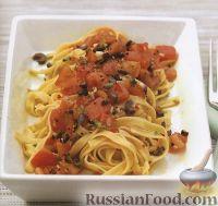 Фото к рецепту: Феттучини с томатно-чесночным соусом