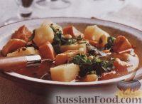 Фото к рецепту: Картофельный суп с мясом, фасолью и капустой