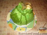 """Фото к рецепту: Торт """"Муравейник"""" в виде мешочка денег"""