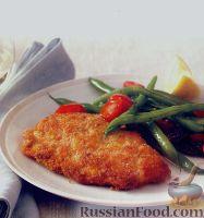 Фото к рецепту: Отбивные из индейки и салат из стручковой фасоли