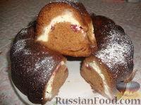 Фото к рецепту: Пирог с творогом и клубникой