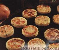 Фото к рецепту: Картофельные оладьи с луком