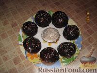 Фото к рецепту: Маленькие бисквитные тортики