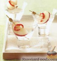 Фото к рецепту: Джин с персиком и чили