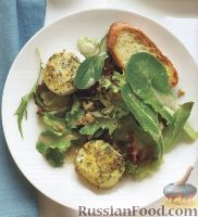 Фото к рецепту: Салат с жареным козьим сыром и багетом