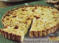 Фото к рецепту: Сливочный пирог с рыбой