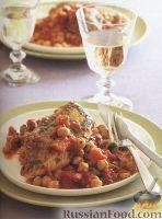 Фото к рецепту: Куриное филе с нутом и курагой