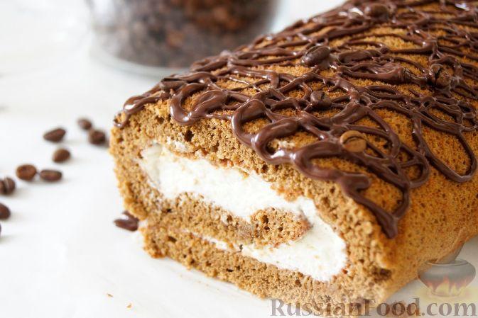 Фото приготовления рецепта: Итальянское печенье из миндальной муки - шаг №4
