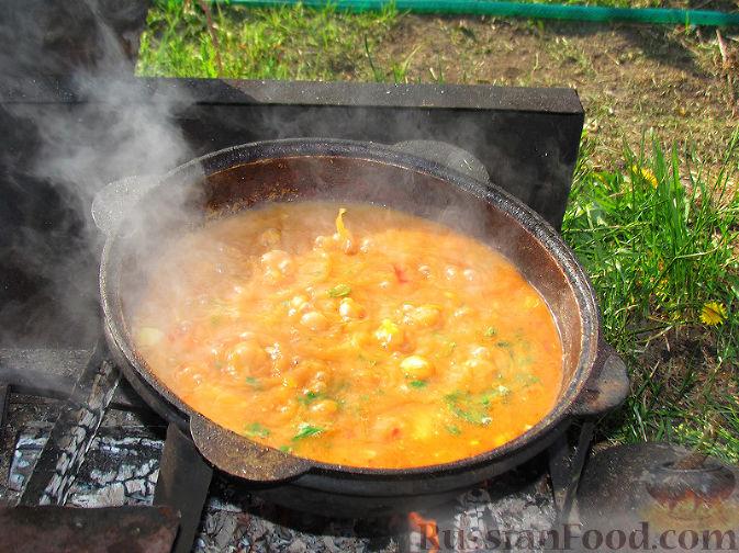 Фото приготовления рецепта: Бограч - венгерский суп - шаг №11