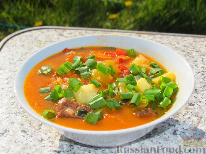 Фото приготовления рецепта: Бограч - венгерский суп - шаг №12