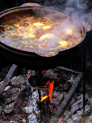 Фото приготовления рецепта: Шурпа персидская - шаг №8