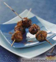 Фото к рецепту: Мясные шарики, жаренные на гриле