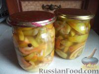 Фото к рецепту: Маринованные зеленые помидоры дольками