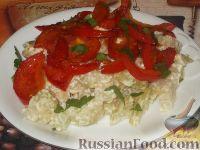 Фото к рецепту: Кольраби, тушенная в сметане с помидорами