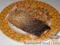 Фото к рецепту: Толстолобик с рисом к Новогоднему столу