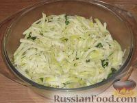 Фото к рецепту: Тушеная капуста кольраби