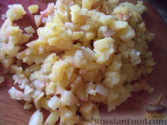 Фото приготовления рецепта: Компот из винограда с лимоном (на зиму) - шаг №7