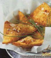 Фото к рецепту: Пирожки из пресного теста с кукурузой и зеленым горошком
