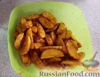 Фото приготовления рецепта: Картошка по-деревенски в духовке - шаг №2
