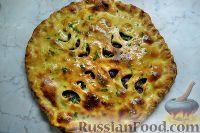 Фото к рецепту: Пирог с мясом и сыром