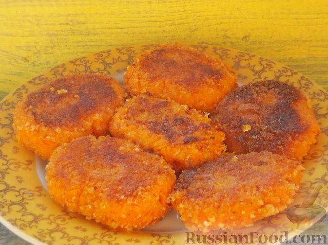 Фото приготовления рецепта: Оладьи из яблока и кукурузы - шаг №9