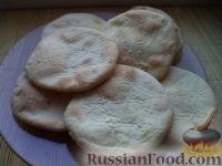 Фото к рецепту: Лепешки на кислом молоке