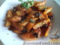 Фото к рецепту: Картофель, тушенный с сушеными грибами