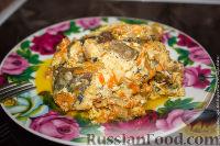 Фото к рецепту: Скумбрия с овощами в сметанном соусе