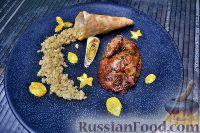 Фото к рецепту: Жареный цыплёнок с томленой пшеницей
