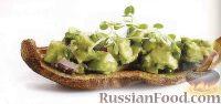Фото к рецепту: Закуска из печеного картофеля с авокадо