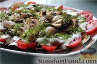 Фото к рецепту: Сытный салат с баклажанами