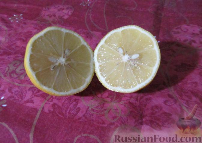 Фото приготовления рецепта: Витаминный салат из кольраби - шаг №5