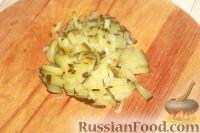 Фото приготовления рецепта: Слоеный салат из свиного языка - шаг №7
