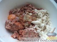 Фото приготовления рецепта: Жареные котлеты - шаг №4