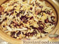 Фото к рецепту: Салат из краснокочанной капусты и кукурузы