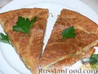 Фото к рецепту: Заливной пирог с квашеной капустой и мясным фаршем