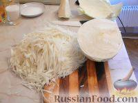"""Фото приготовления рецепта: Салат из капусты """"Витаминный"""" - шаг №5"""