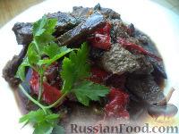 Фото приготовления рецепта: Поджарка из говяжьей печени - шаг №13