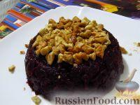 Фото к рецепту: Дамский диетический салат из свеклы