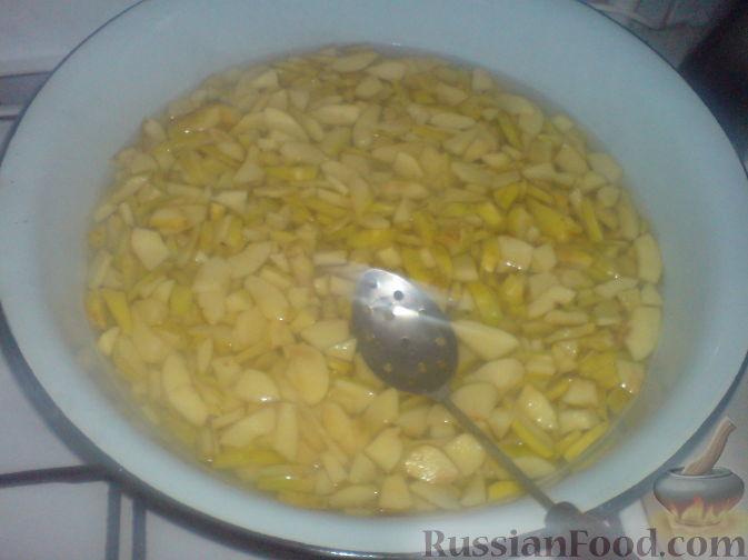 Фото приготовления рецепта: Варенье из айвы - шаг №1