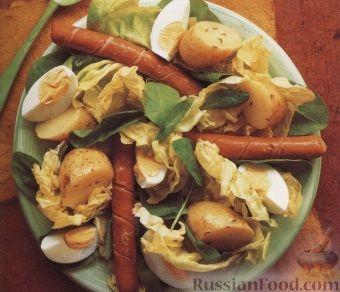 Рецепт Теплый картофельный салат с сосисками и яйцами