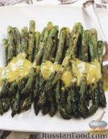 Фото к рецепту: Жареная спаржа с горчичным соусом