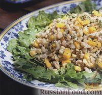 Фото к рецепту: Кукурузный салат с крабовым мясом и манго