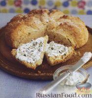 Фото к рецепту: Плоский хлеб с сырным соусом