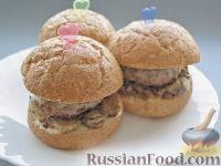 Фото к рецепту: Бургеры с котлетами, грибами и чечевицей