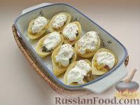 Фото приготовления рецепта: Картофель, фаршированный по-итальянски - шаг №7